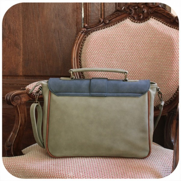 https://www.danstesreves-deco.com/wp-content/uploads/2019/03/sac-cartable-arizona-bleu-vert.jpg
